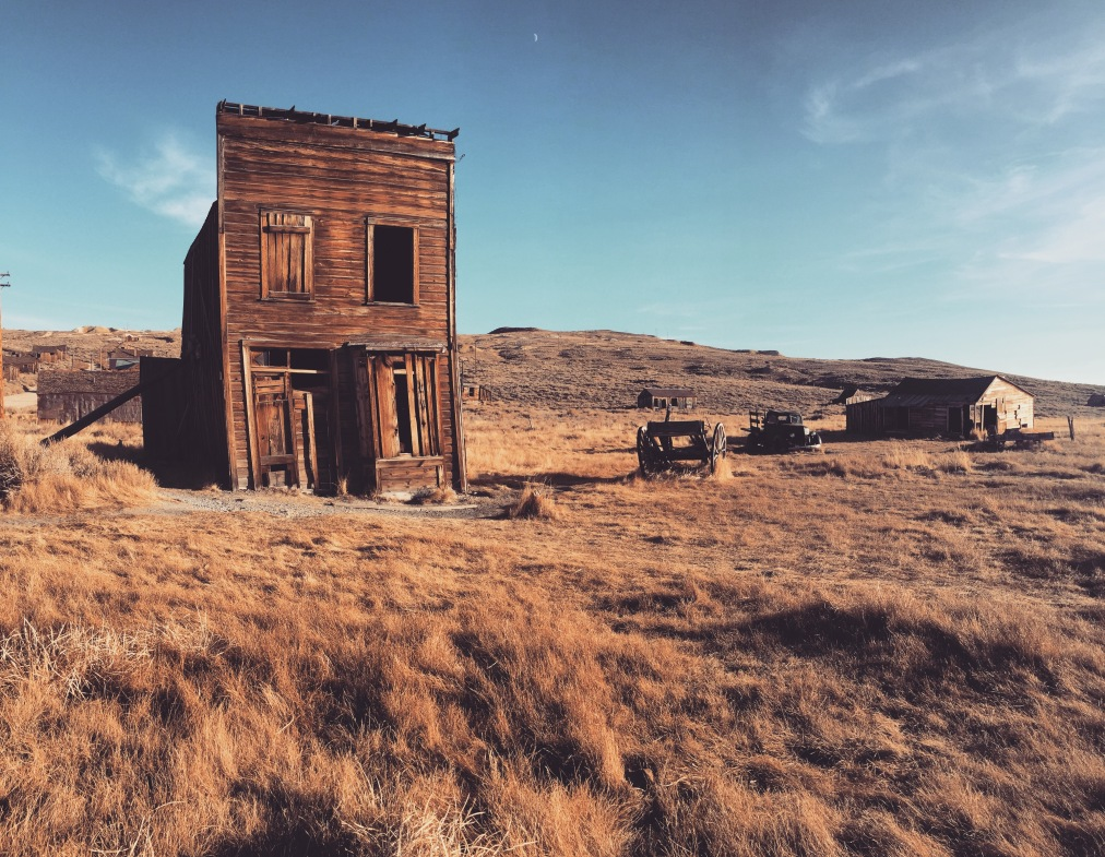 This California Ghost Town Is Eerily Beautiful (VIDEO)
